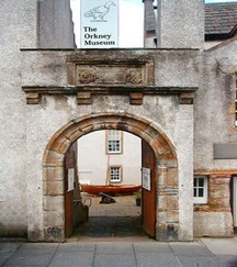 Image of the entrance to the Orkney Museum.